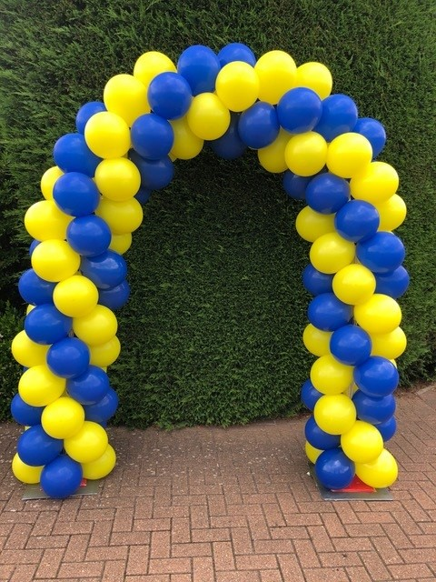 yellow and blue arch
